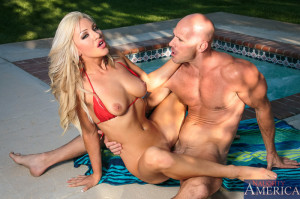 Cameron Dee & Johnny Sins in My Sisters Hot Friend – Naughty America
