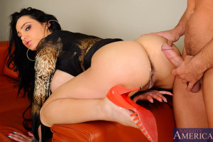 Amy Anderssen & Johnny Castle in Naughty Office – Naughty Office