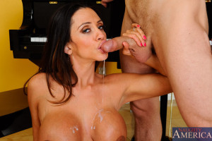 Ariella Ferrera & Michael Vegas in Seduced by a Cougar – Seduced by a Cougar