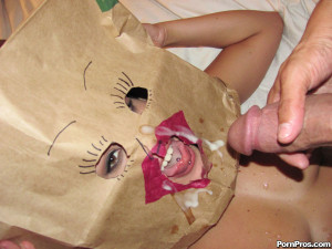 Creepy bag face girl – Creepy bag face girl