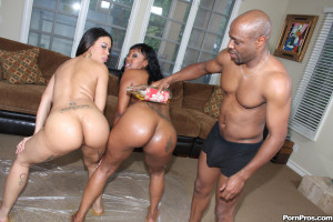 Cheyanne and Lollipop – Ghetto sisters with bubble ass getting boned