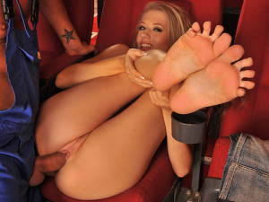 21Sextury Network – Footsie Babes – Lick my feet and youll be happy