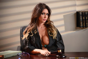 Jessica Jaymes Pictures in Judge Juggy