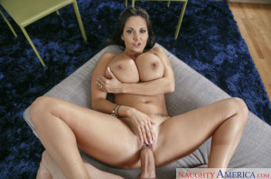 Ava Addams in Housewife 1 on 1 – Naughty America