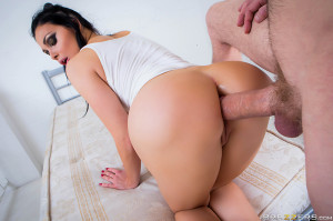 Lost In Brazzers Episode 3 With Aletta Ocean – Brazzers Official