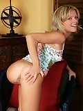 Delightful blonde nudes and spreads pink quim with speculum