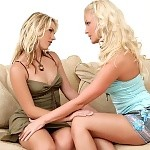 Luscious blondes kiss and lap pussies in sultry sixtyniner