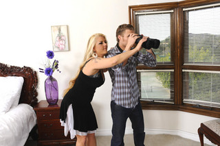 Joclyn Stone & Michael Vegas in My Friend´s Hot Mom - Naughty America