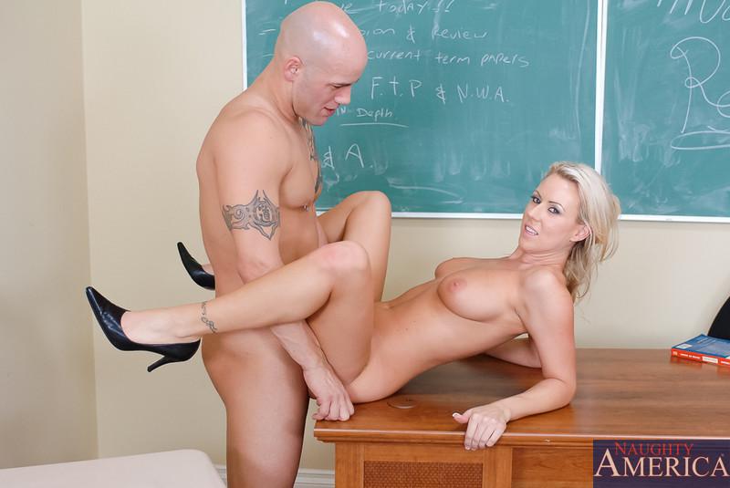 cherokee-teacher-porn-pics-meg-tilly-nudes