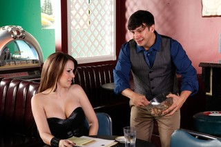 Courtney Cummz & Anthony Rosano in My Girlfriend´s Busty Friend - Naughty America