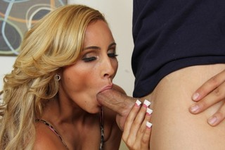 Nikki Seven & Giovanni Francesco in My Wife´s Hot Friend - Naughty America