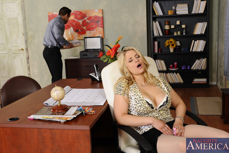 Brazzers blond busty secretary alexis ford fucks her boss - 1 part 9