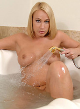 Mellanie Monroe  Anilos Mellanie Monroe takes off her lingerie and sprays her pussy in the bathtub