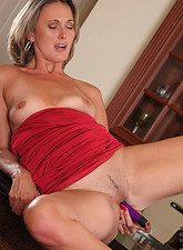 Misty Law  Classy Anilos Misty Law makes her toy slippery and fucks her pussy real good