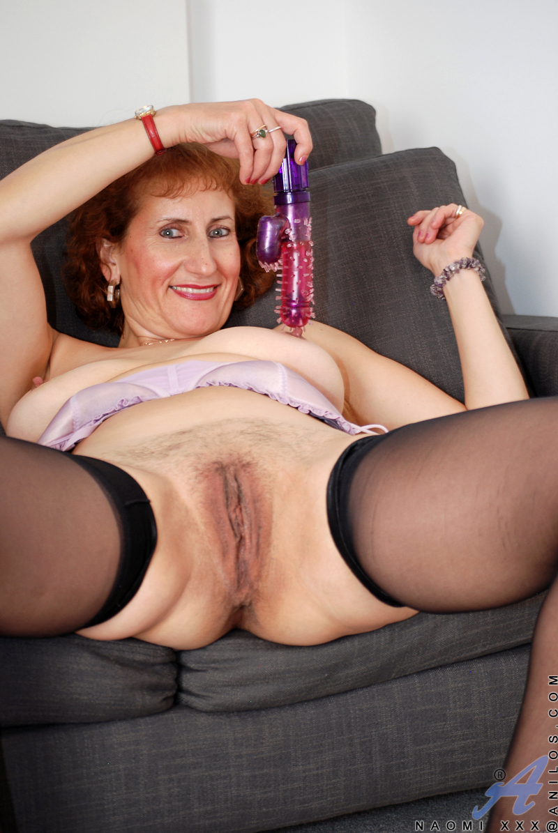 xxx mature women in painties - babes - video xxx