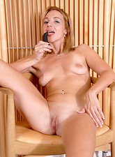 Samantha Rae  Totally nude milf satisfies her sex cravings with a dildo while hubby is away