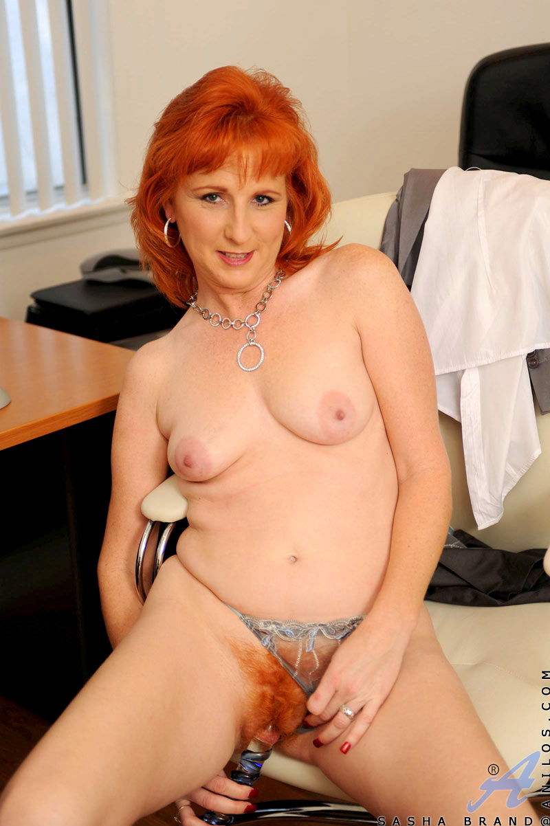 headed milfs red cougar