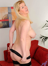 Venice Knight  Hot mom Venice Knight loosens up after work by pleasuring her mature pussy