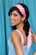 Jerri Lee - Sexy teen Jerri gets naked and gives great head