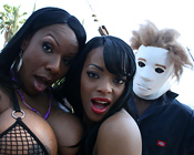 Kelly Starr & Eve Madison - Big booty black girls have nasty threesome!