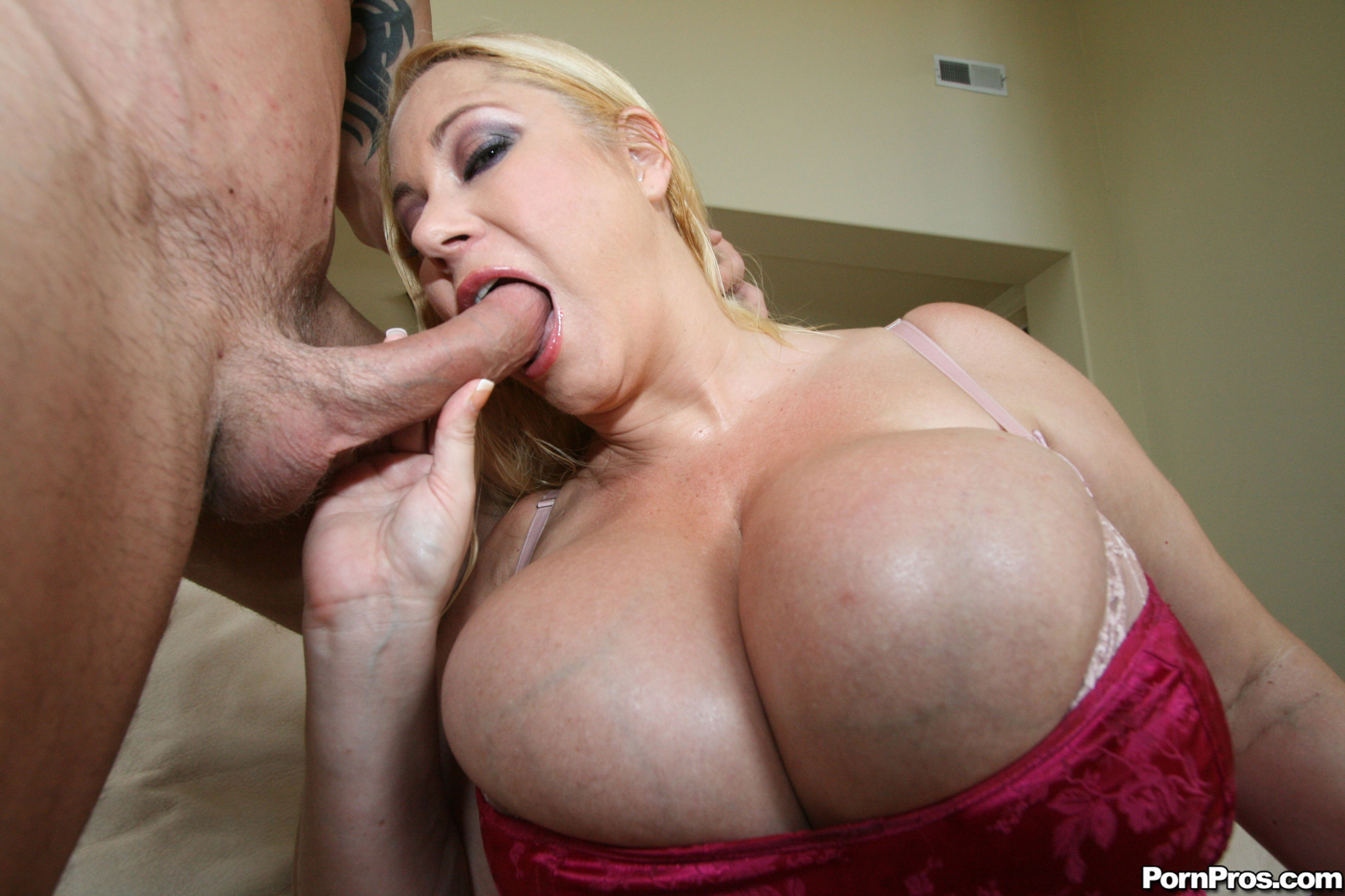 free-video-big-huge-boobs-dick