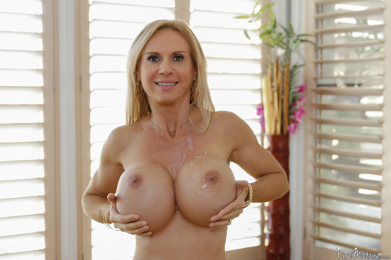 Puremature perfect 10 milf brandi love fucked from behind 3