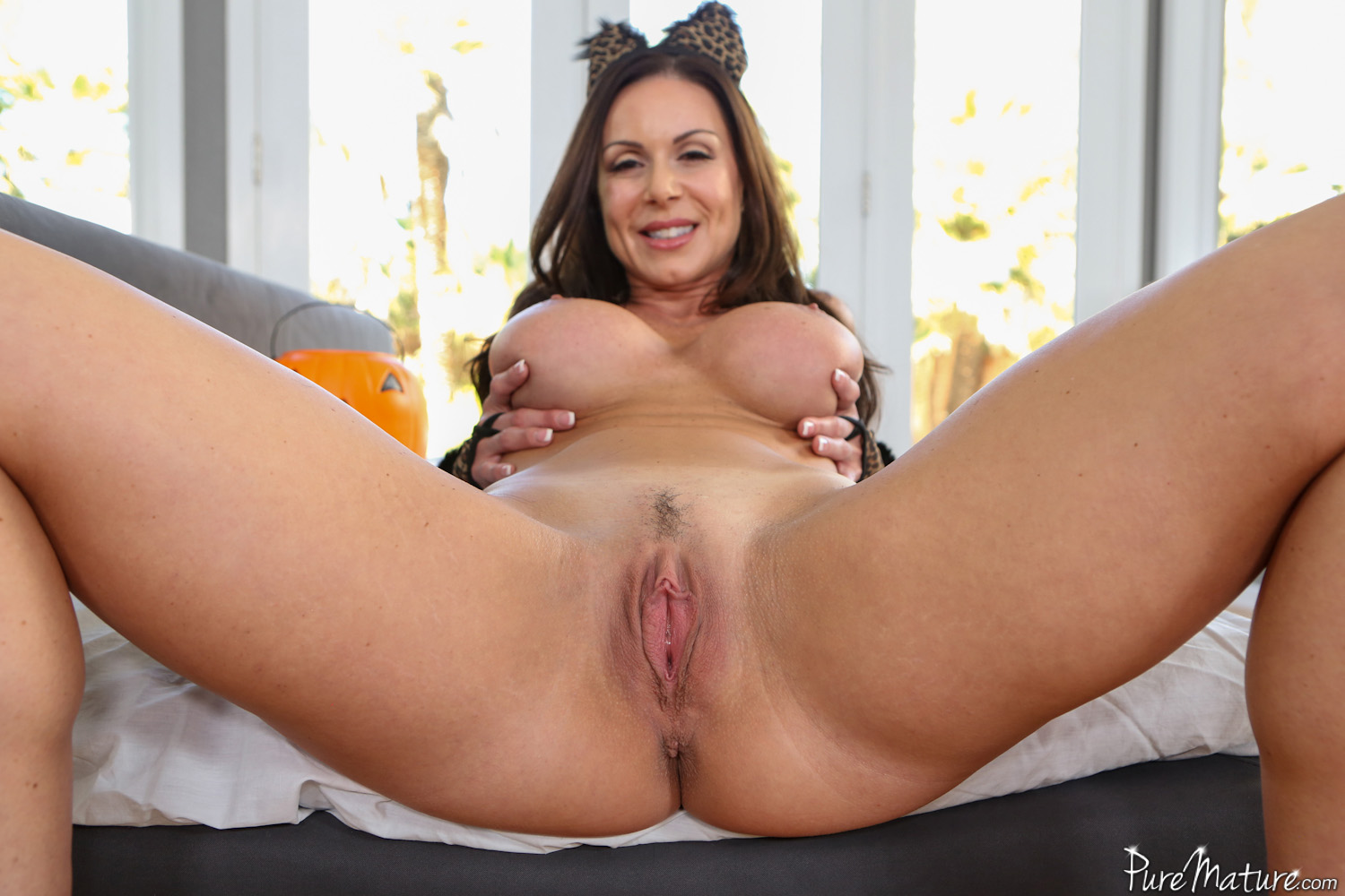 Kendra lust in house sitters threesome