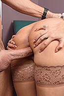 Amber Cox Sex Video in Waiting Room Boom Boom