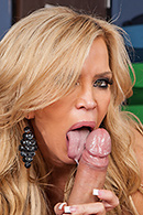 Amber Lynn Sex Video in Hussy For Hire