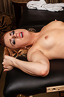 Lexi Belle Sex Video in Filthy Footjob for Room Service